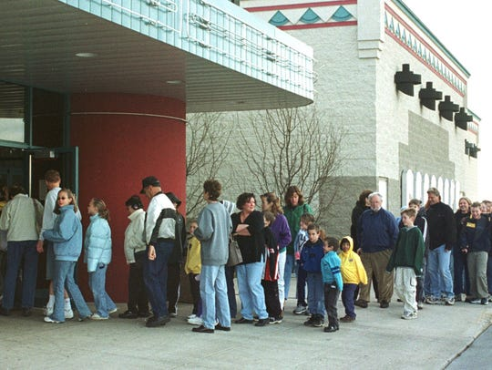 By 9:30 a.m. Friday, a line to buy tickets to the Harry