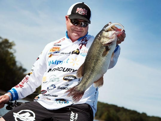 Mark rose of west memphis makes fishing history for Fishing in memphis