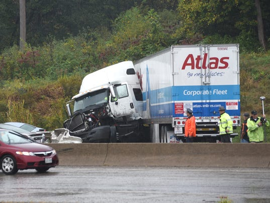 636429055584618946-zan-highway-wrecks.jpg