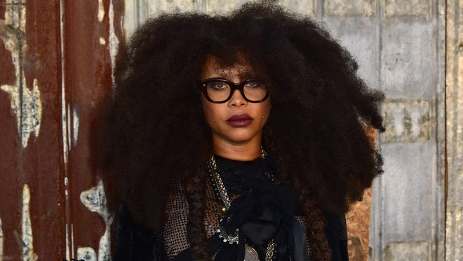 Erykah Badu, coming with that real.