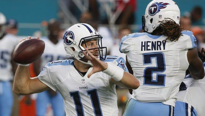 Titans quarterback Alex Tanney