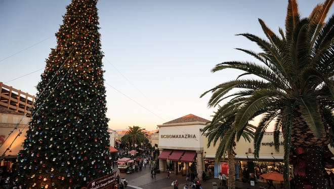 Citadel Holiday Concerts and Tree Lighting, Saturday  November 7, 2015. Nancy Newman Photography / NancyNB@earthlink.net
