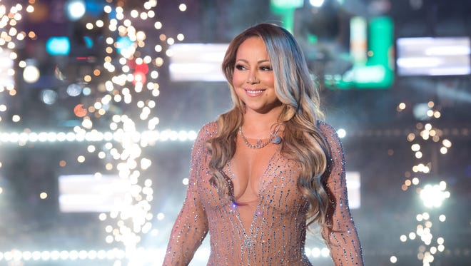 NEW YORK, NY - DECEMBER 31:  Mariah Carey performs during New Year's Eve 2017 in Times Square on December 31, 2016 in New York City.  (Photo by Noam Galai/FilmMagic) ORG XMIT: 690122017 ORIG FILE ID: 630747184