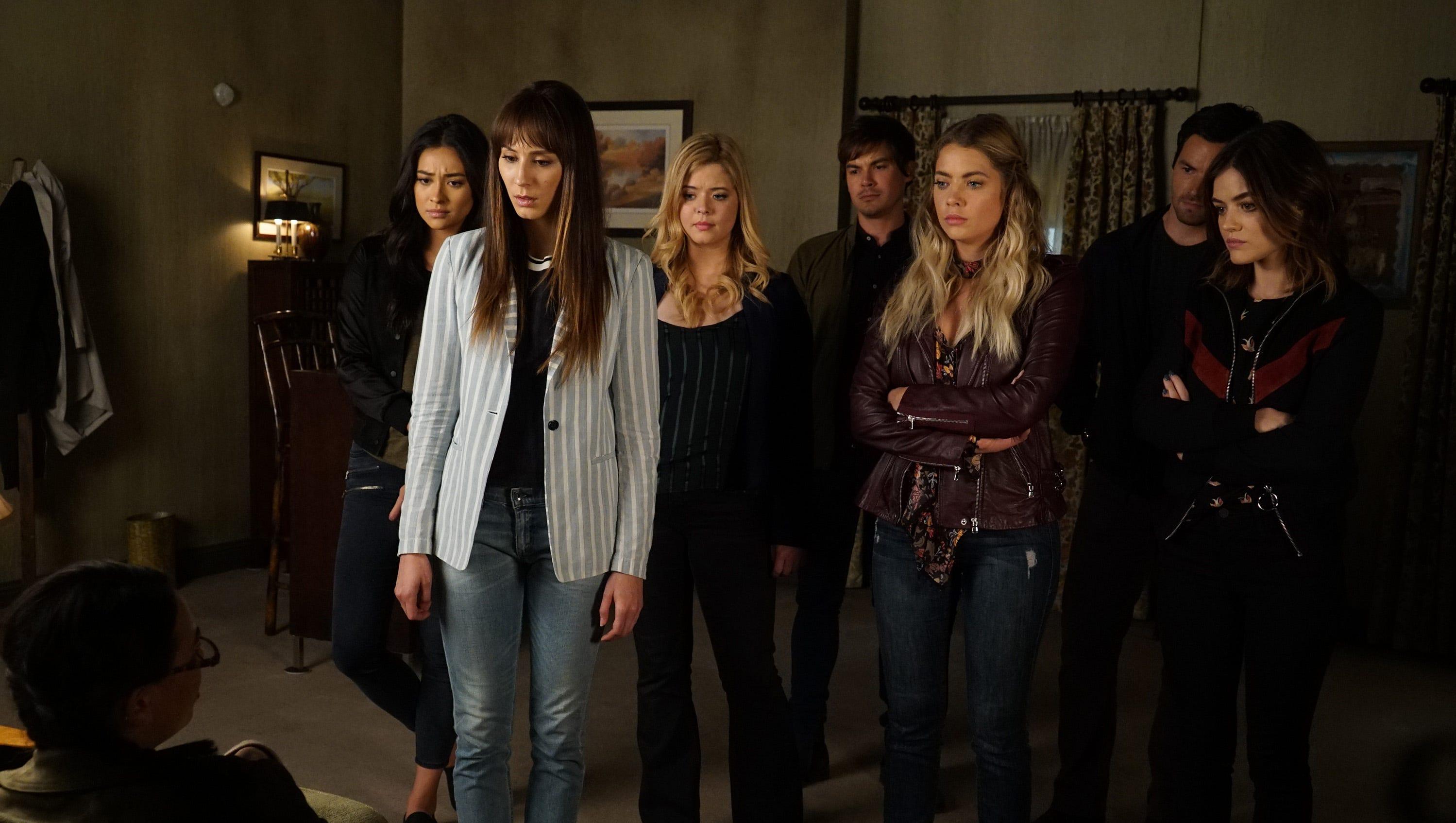 Pretty Little Liars' reveals the identity of A.D. in season final