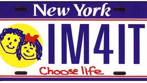 """An example of a """"Choose Life"""" personalized license plate that is being sought in New York."""