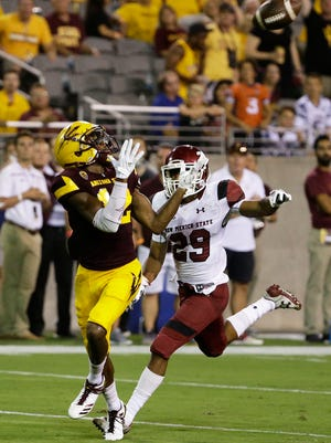Arizona State wide receiver John Humphrey makes a touchdown catch against New Mexico State on August 31, 2017 in Tempe, Ariz.