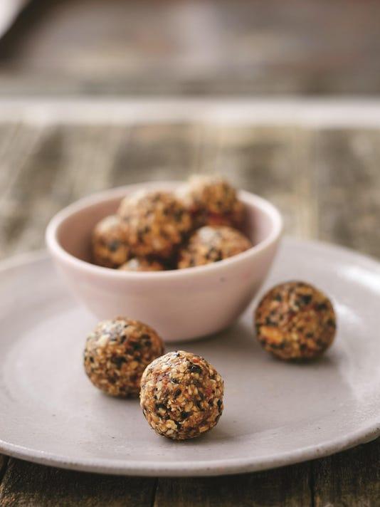 Everything-But-The-Gluten Cookies (c) Lauren Volo