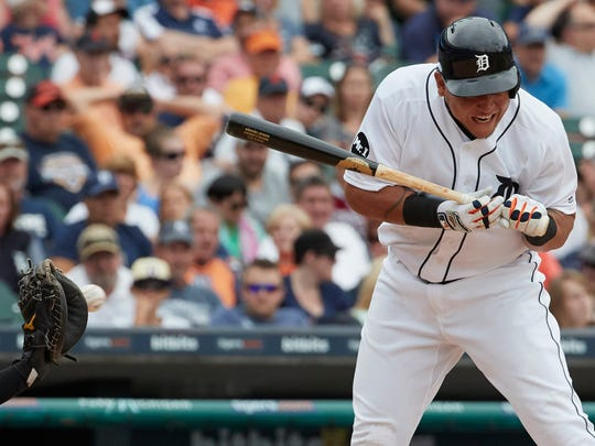 Detroit Tigers designated hitter Miguel Cabrera (24)