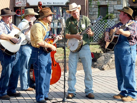 Smoky Mountain Tunes & Tales performers