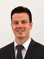 Ryan Murray, real estate agent