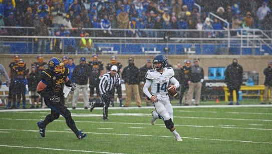 Villanova quarterback Zach Bednarczyk (14) looks for