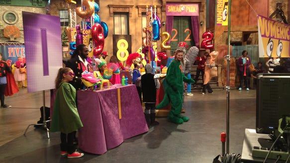 Gallery For > Sesame Street Set Tour Sesame Street Set Tour