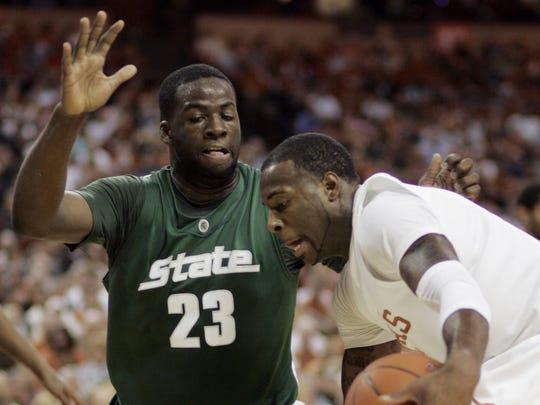 Draymond Green defending Texas' Damion James on Dec. 22, 2009.