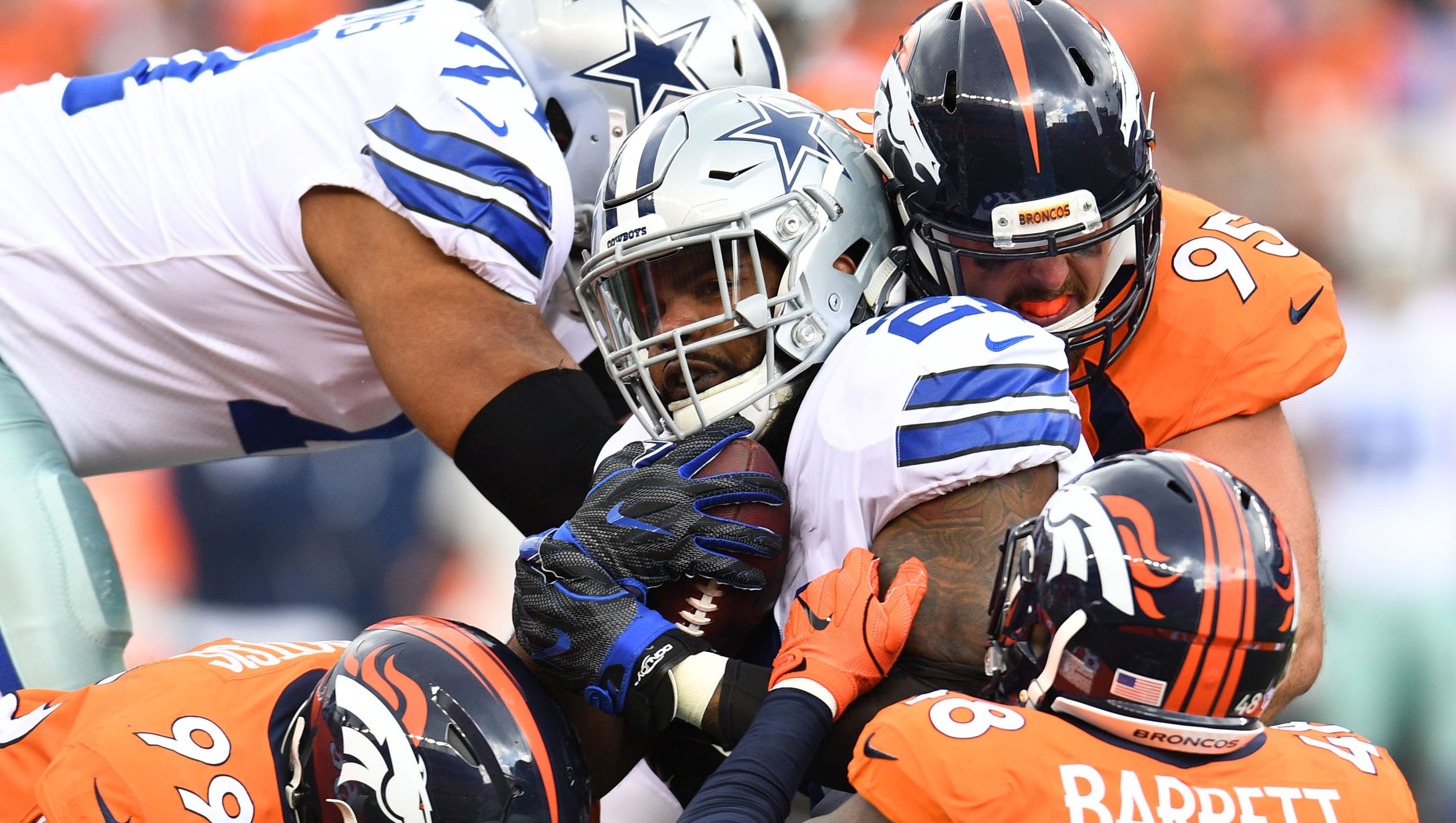 Ezekiel Elliott, Cowboys hit wall in Broncos blowout