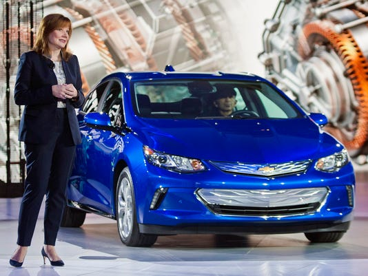2016-Chevy-Volt-unveiled-at-NAIAS-2015