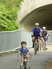 Saddle Brook, N.J.  08-22-02   New Bike Path Opens.