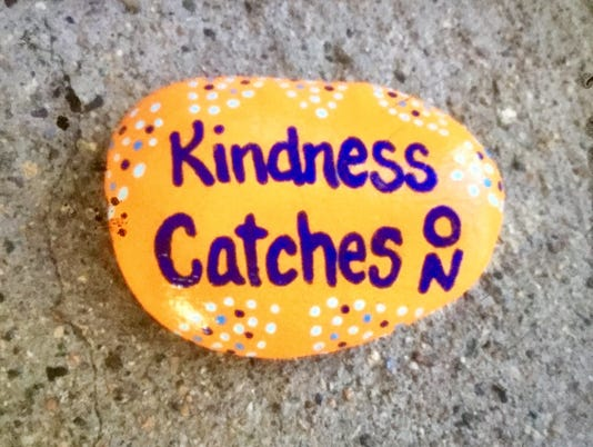 636377881105906036-Kindness-catches-on.JPG