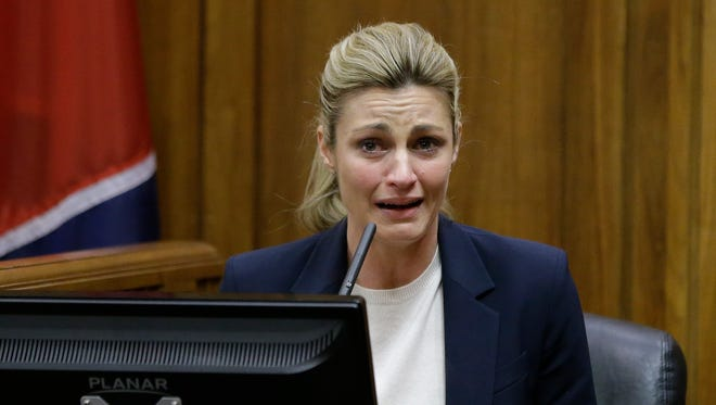Sportscaster and television host Erin Andrews testifies Monday, Feb. 29, 2016, in Nashville, Tenn. Andrews has filed a $75 million lawsuit against the franchise owner and manager of a luxury hotel and a man who admitted to making secret nude recordings of her in 2008. (AP Photo/Mark Humphrey, Pool)