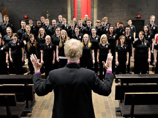 STC 0421 SCSU Concert Choir 001.jpg