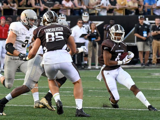 Western Michigan receiver Tyron Arnett (8) looks for