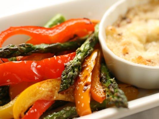 Spicy Garlic Parmesan Dip with Grilled Vegetables.jpg