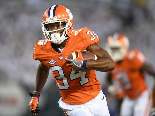Clemson wide receiver Ray Ray McCloud (34) runs with the ball during the first quarter at Georgia Tech's Bobby Dodd Stadium in Atlanta on Sept. 22, 2016.