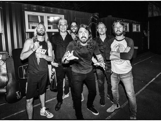 170822_FooFighters_0018RT1-448079774e (1)