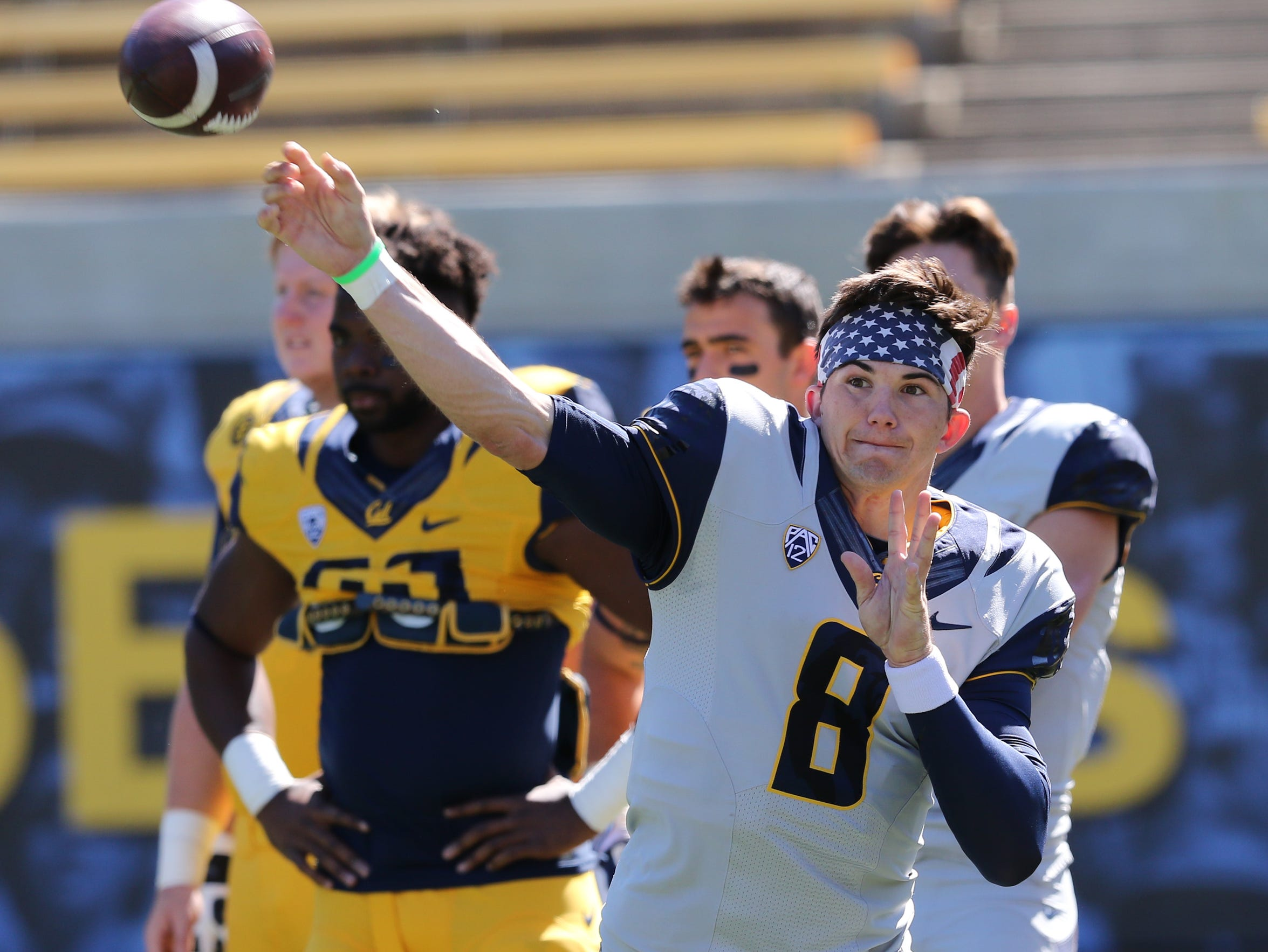 Kline warms up before Cal's 2016 spring game, a scrimmage