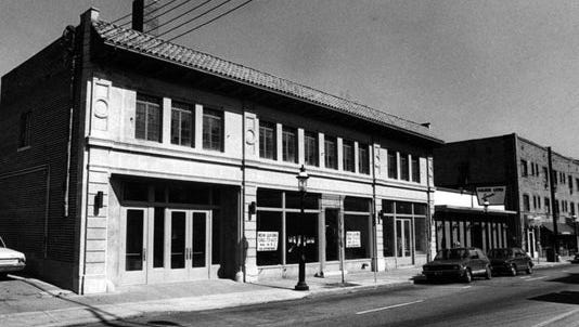 The Ludlow Garage in Clifton, as it looked in 1981.
