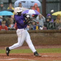 Byrd plays Shreve in game 1 of Class 5A 2nd round playoff
