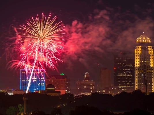 070317_fireworks_YDPops_rwhite_229