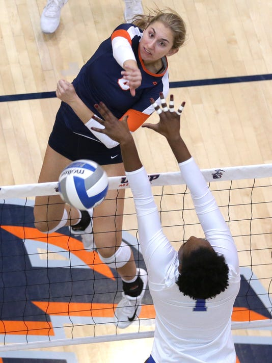 636448932706389564-UTEP-Volleyball-2.jpg