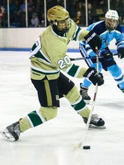 Wes Smith scores a second-period goal for Howell in a 7-1 victory over Ann Arbor Skyline.