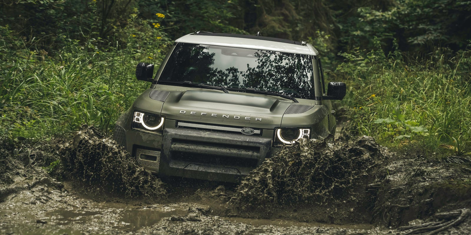 'Pack mules': Land Rover Defender's return at Los Angeles Auto Show thrills off-road enthusiasts