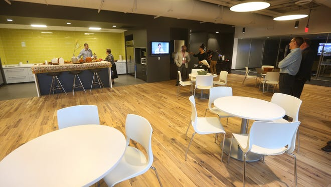 The work cafe in the new office of Bergmann Associates in Tower280.