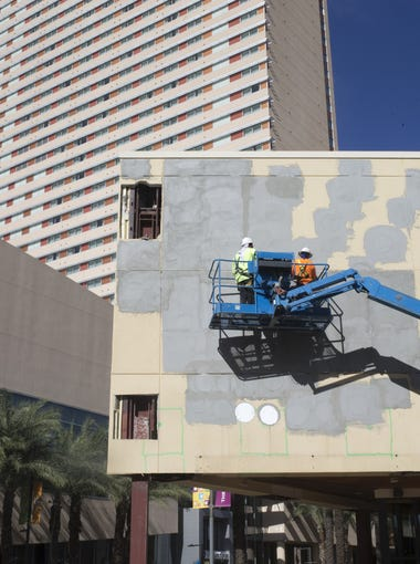 Construction continues, Nov. 10, 2017, at the Arizona Center, 455 N 3rd Street, Phoenix.