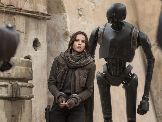 Jyn Erso (Felicity Jones) and the droid K-2SO (Alan