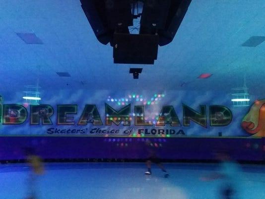 636039451222099811-Dreamland.jpg