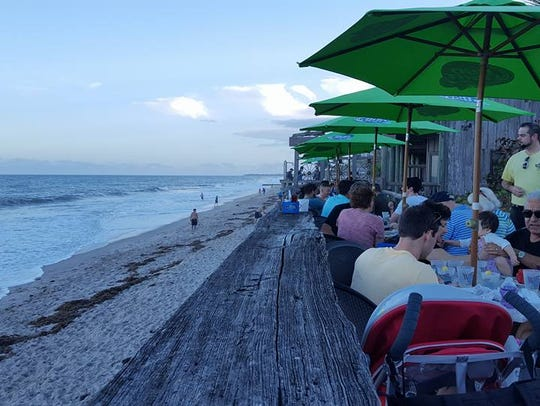 Waldo's Restaurant along Ocean Avenue in Vero Beach
