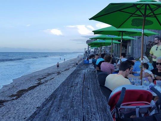Waldo's Restaurant along Ocean Avenue in Vero Beach