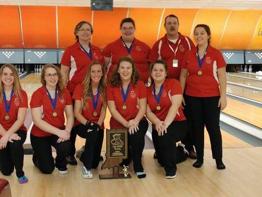 636222760511262050-Bowling-girls-regional-title.jpg
