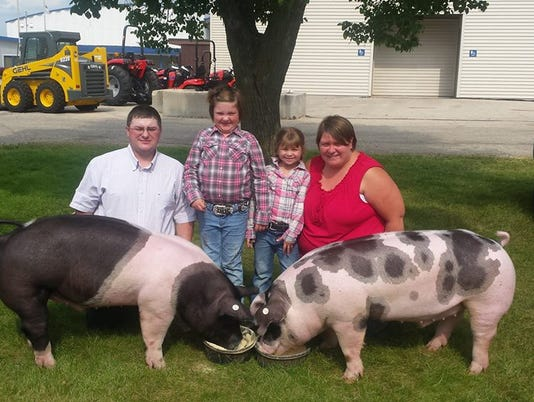 636226837328221363-Family-Picture-7.20.14.jpg