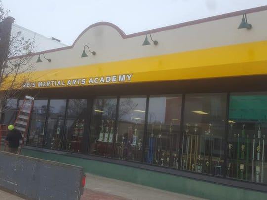 The awning is now up at Reis Martial Arts Academy, located in the former Book World location in downtown Marshfield.