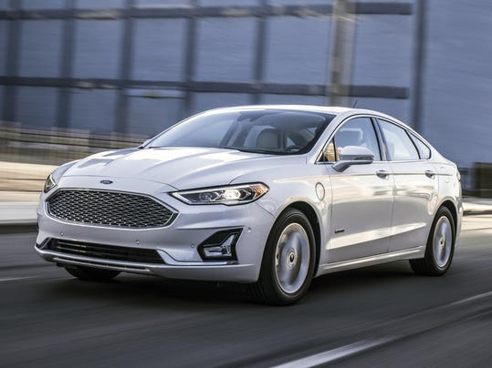 2019 ford fusion adds technology trims customization options. Black Bedroom Furniture Sets. Home Design Ideas