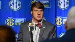 Mississippi State's hopes ride on healthy QB Nick Fitzgerald