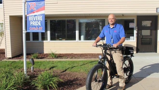 Revere School Resource Officer Scott Dressler