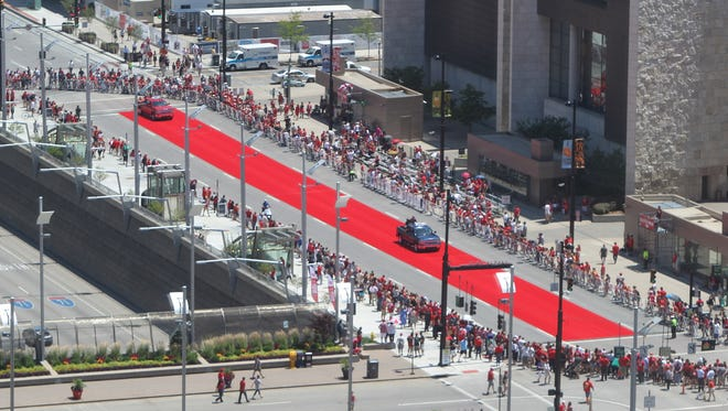 The red carpet at the MLB All-Star Parade.