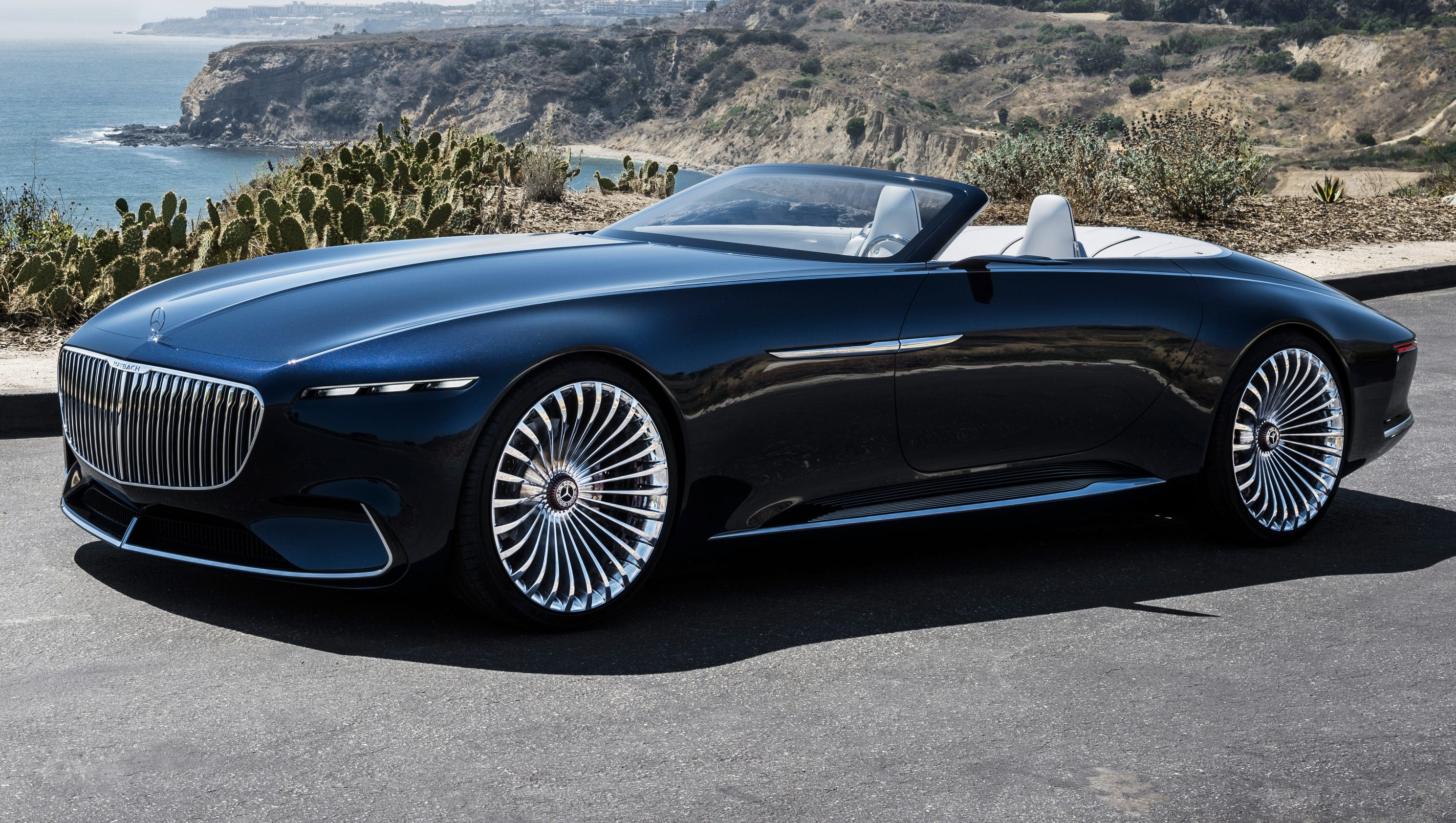 Mercedes benz debuts concept with 39 30s flair for Mercedes benz cars