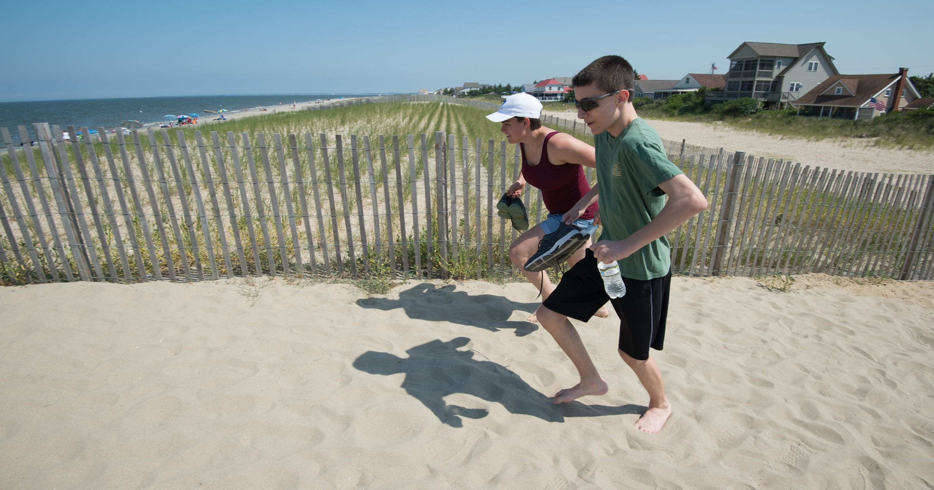 Sandtastic Delawares Mineral Rich Beaches Absorb The Heat To Burn