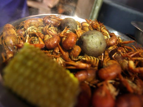 0218crawfish05.JPG
